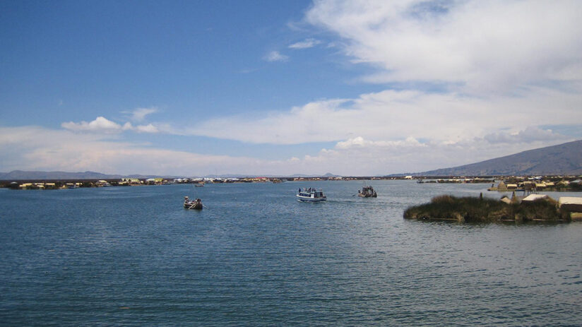 vacation spots lake titicaca