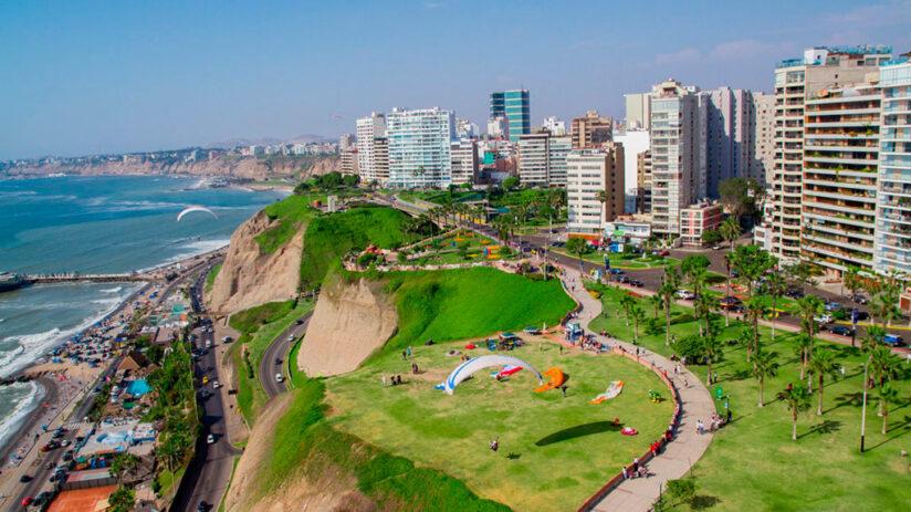 miraflores beaches in peru