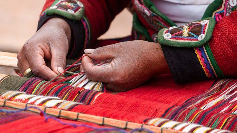 peruvian art and craft