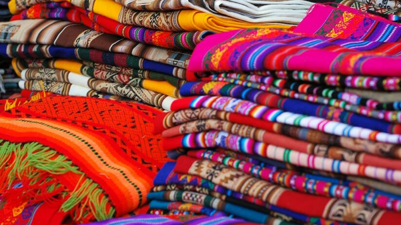 peruvian art craft textiles