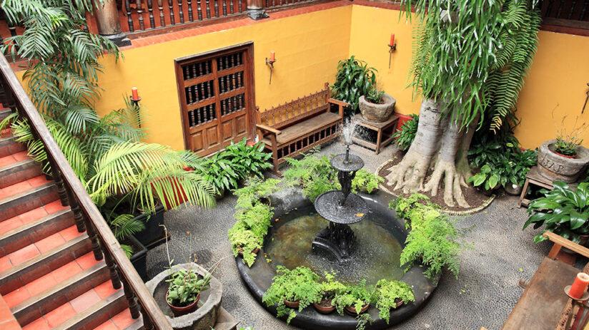 aliaga house plaza de armas lima
