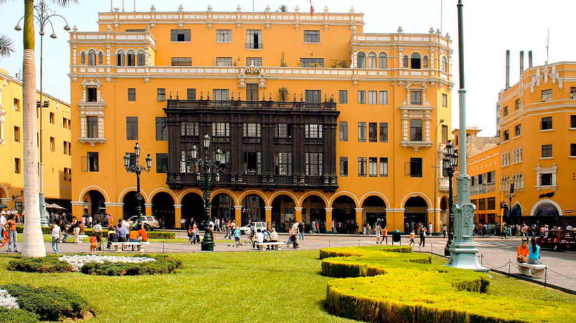 the story behind plaza de armas in lima