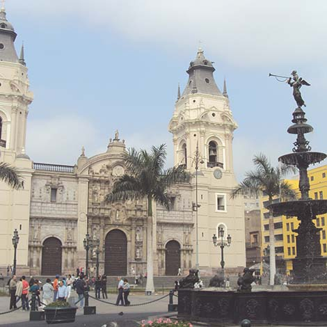 La Catedral and Museum of Religious Art and Treasures lima