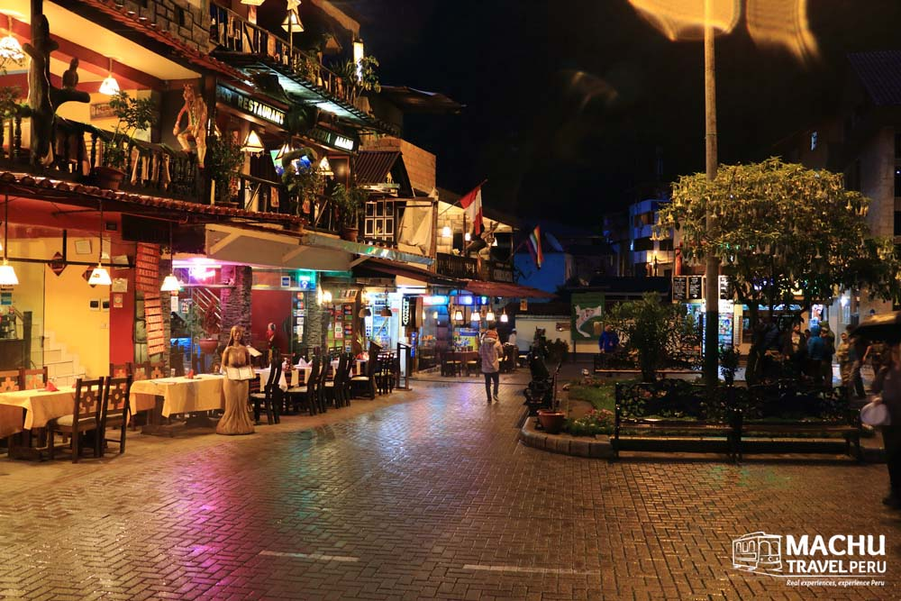 Picturesque Plaza