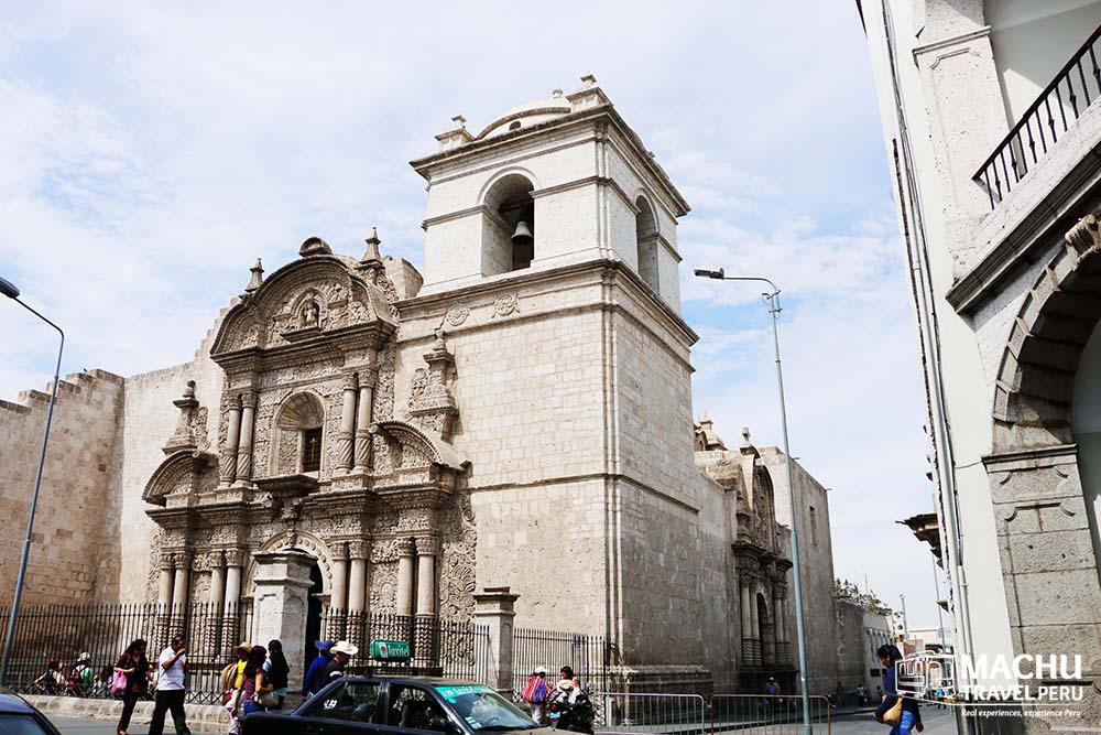 Arequipa la Compañia Church