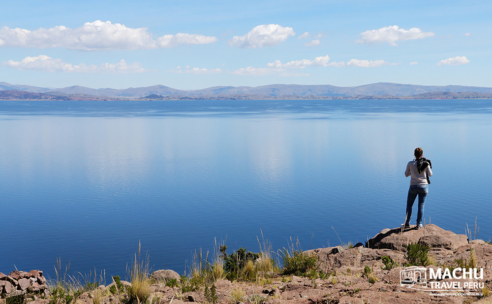 Blow Away in Titicaca Lake