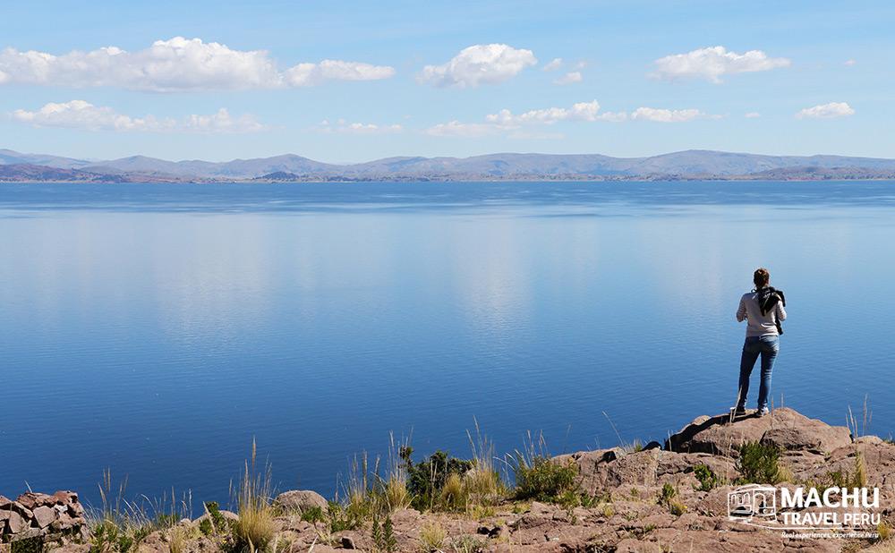 Blow Away in Titicaca Lake