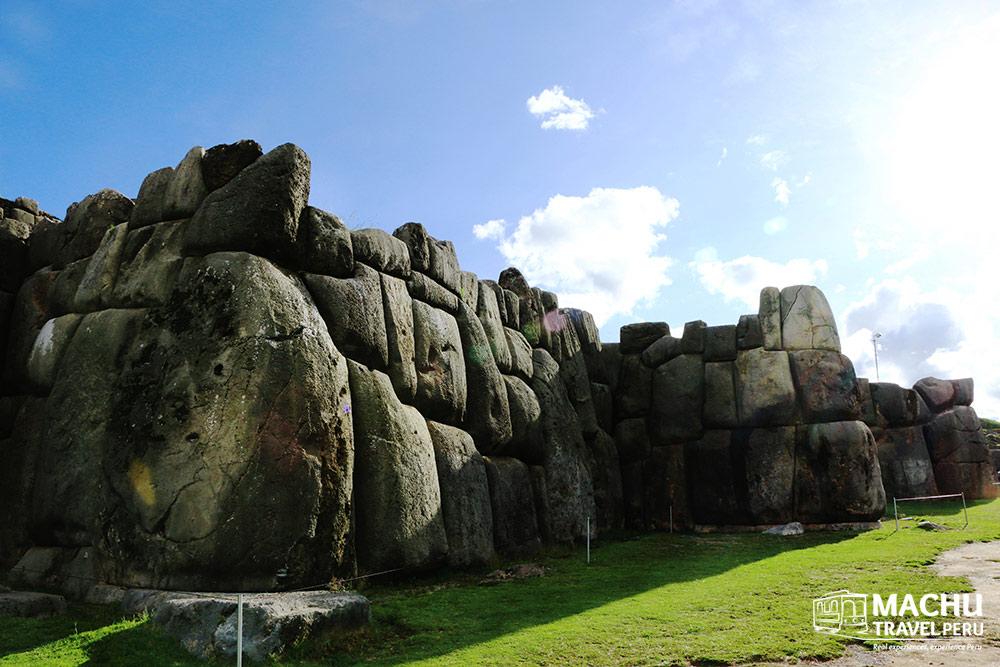 Stone by Stone Sacsayhuaman