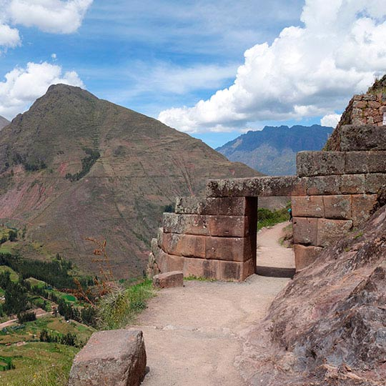 things to do in sacred valley