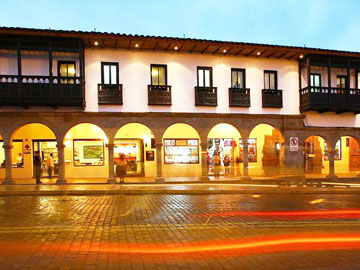 Travel to cusco destinations machu travel peru for Hotel casa andina classic plaza cusco