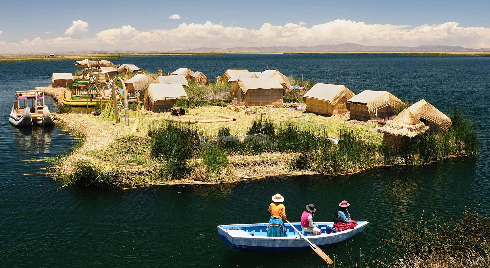 lake titicaca with machu travel peru